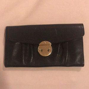 MARC JACOBS Black Leather Envelope Wallet - broken